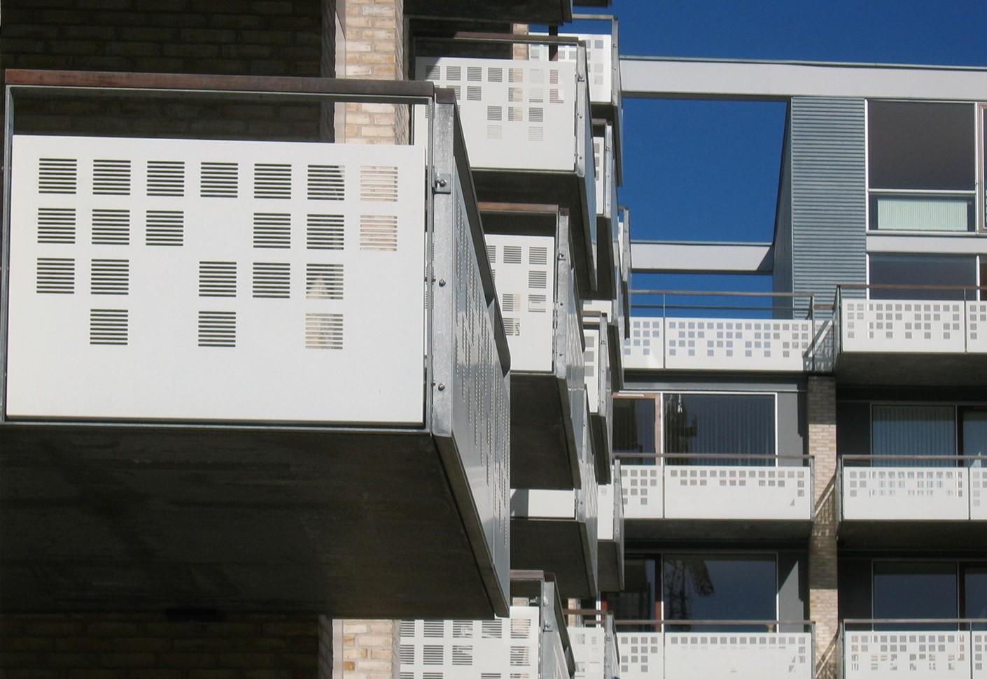 lochblech balkonverkleidungen teglholm von rmig stylepark. Black Bedroom Furniture Sets. Home Design Ideas