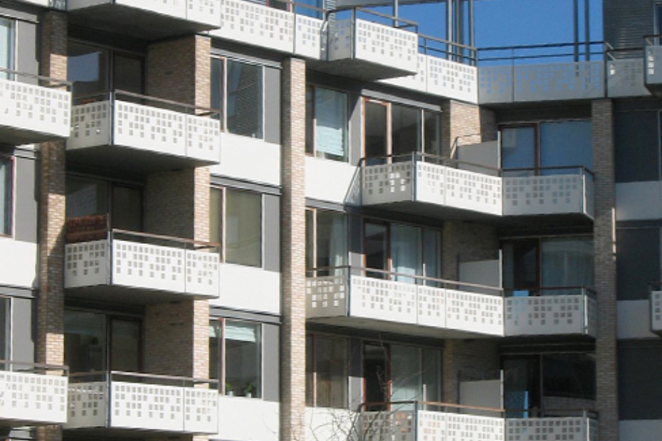 Perforated balustrades, terraced houes in Teglholm