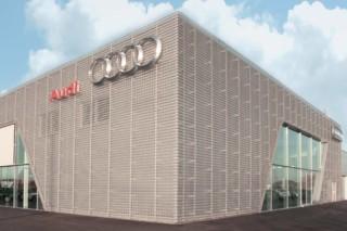 Perforierte Fassadenverkleidung, Audi Bitterfeld  von  RMIG