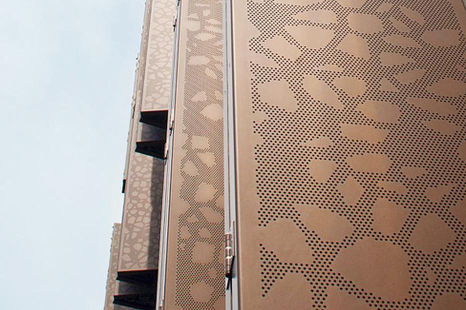 Decorative patterns - flexible sun screens, Marthashof in Berlin