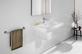 Dam wash basin with semi-pedestal  by  Roca