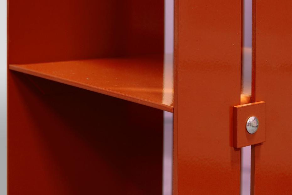 Manhattan Shelf