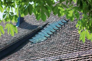 s: 203 Dachfenster  von  s: stebler