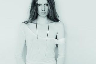Fade Loop Halskette  von  Saskia Diez