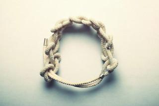 绳手链4号by  Saskia Diez