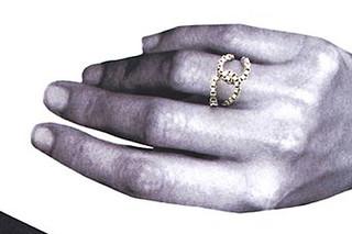 Silver Loop Ring  von  Saskia Diez