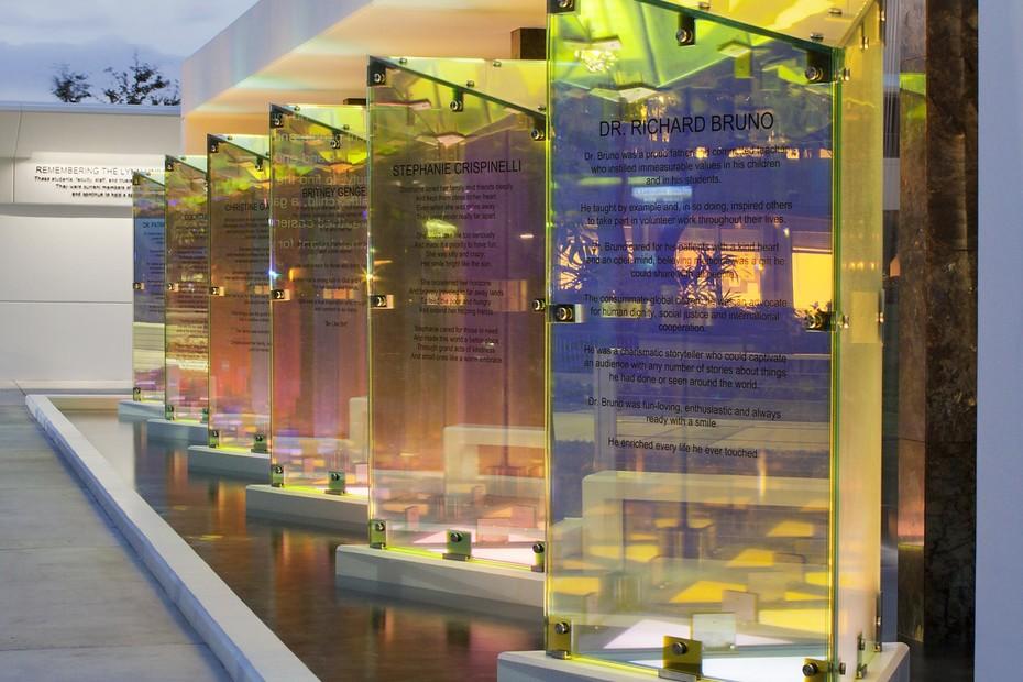 NARIMA® colour-effect  glass