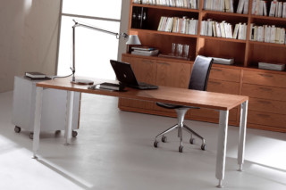 Hanka desk  by  Sellex