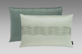 Satinee Cushion groß  von  SAHCO