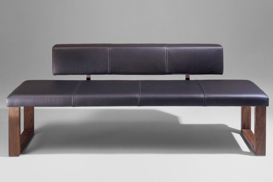 SD05 bench