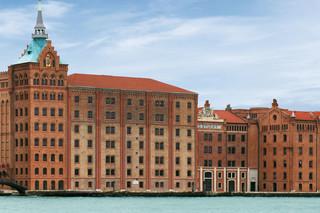 Facade, Stucky mill, Venice  by  Secco Sistemi