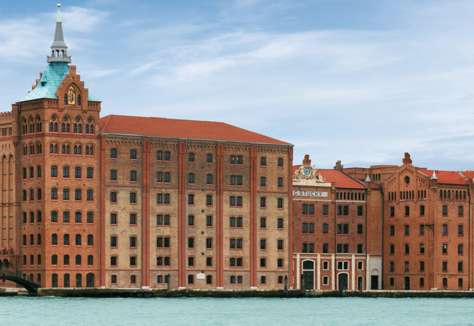 Facade, Stucky mill, Venice
