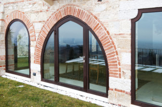 Profile system, Villa al Belvedere, Asolo  by  Secco Sistemi