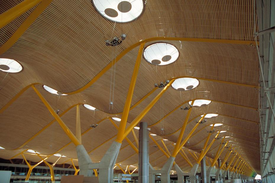 Batyline SK 300, Airport Madrid