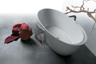 BO V1 bath tub  by  Simas