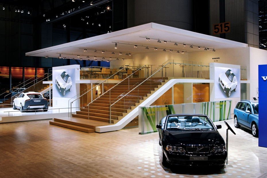 All-glass system, Volvo trade fair stand