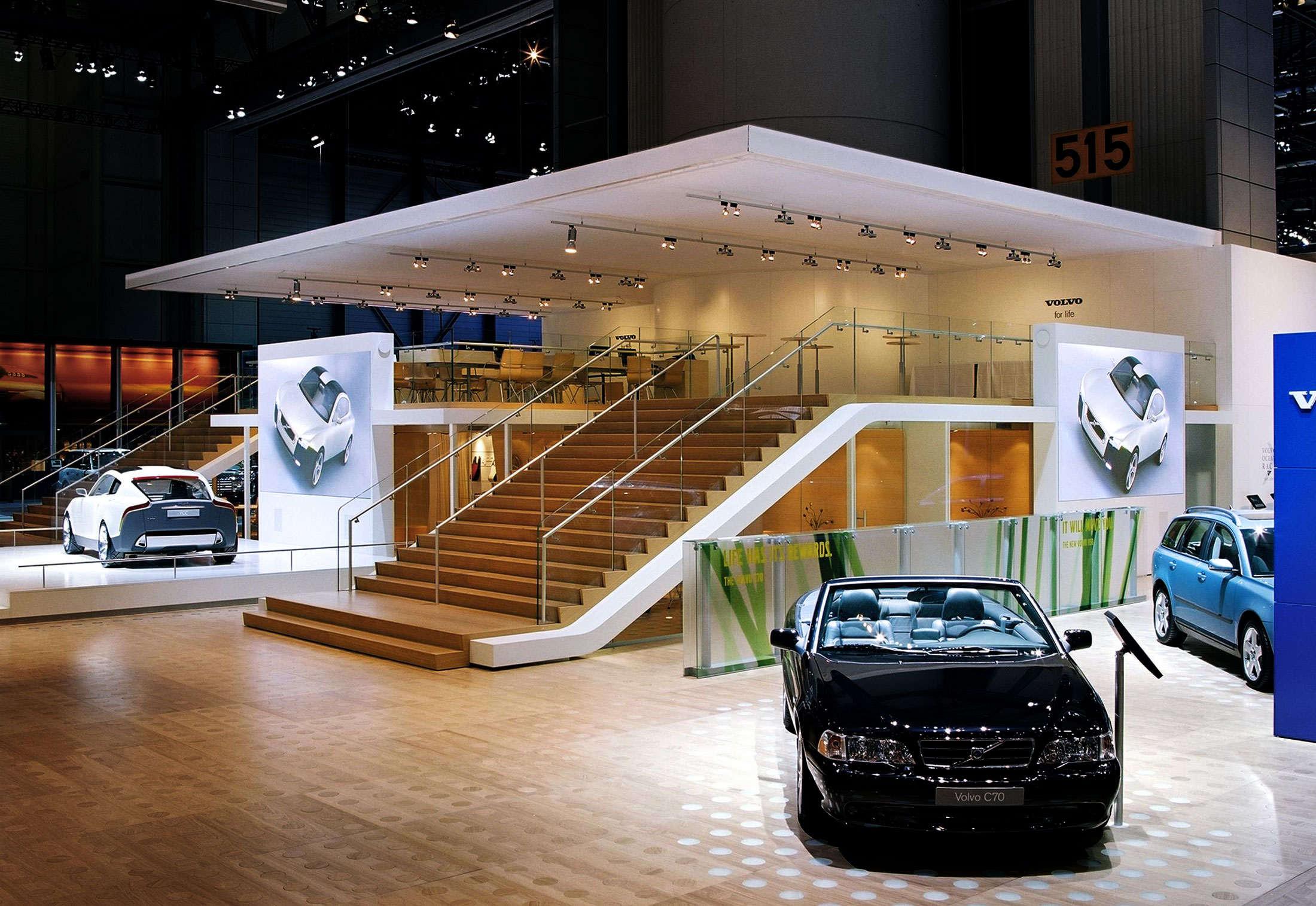 Volvo Exhibition Stand : All glass system volvo trade fair stand by sprinz stylepark