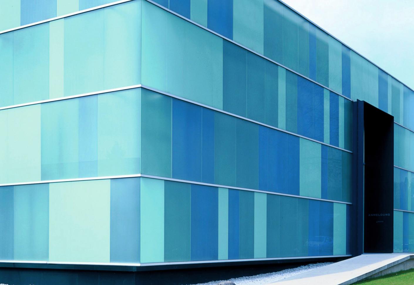 Glasfassade, Fa. Klöber, Owingen von Sprinz | STYLEPARK