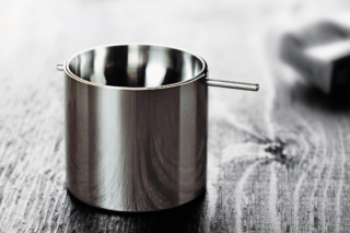 Cylinda线烟灰缸by  Stelton