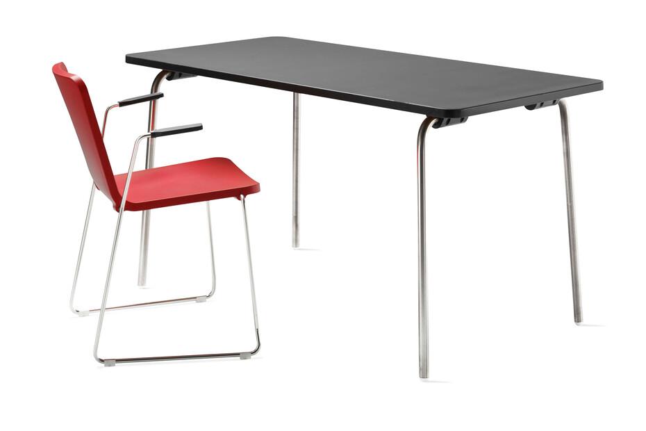Pompidoo table