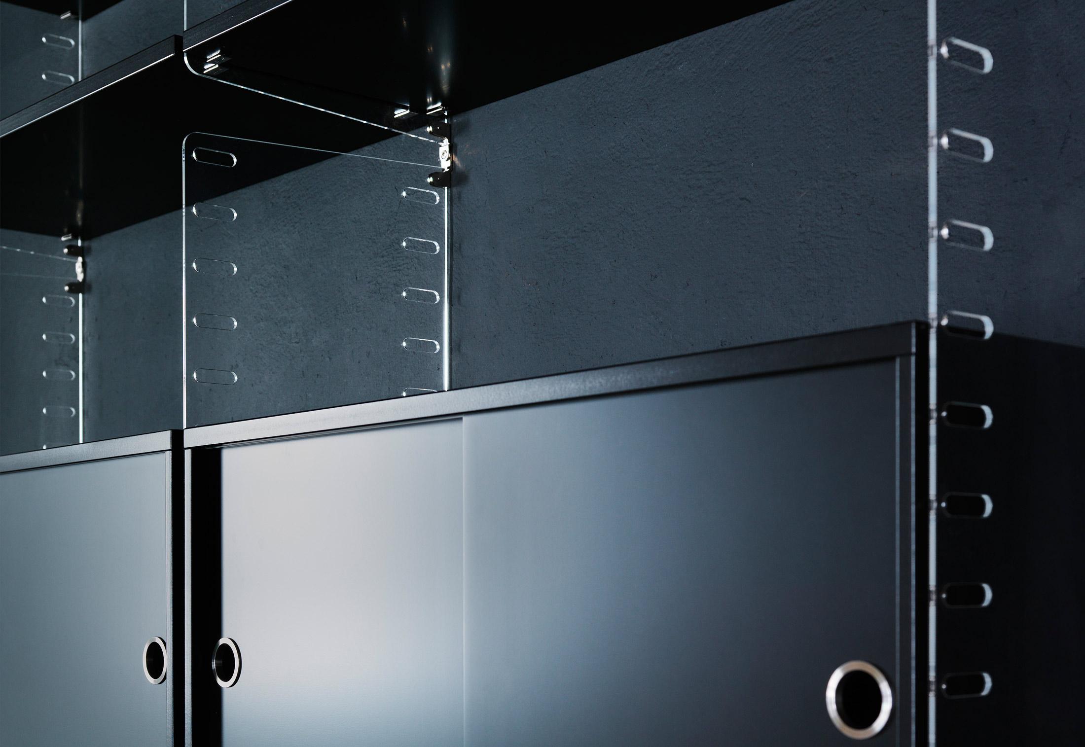 string plex von string stylepark. Black Bedroom Furniture Sets. Home Design Ideas