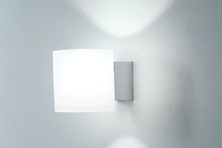 1221/V Tube  by  Martinelli Luce