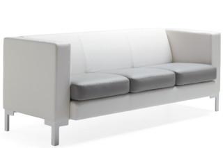 Multi Sofa mit Beinen  von  Materia