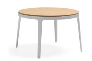 Omni side table  by  Materia
