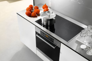 Oven H 5240  by  Miele