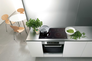 Oven  by  Miele