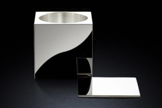 Pot 60sq silver  by  MINIMALUX