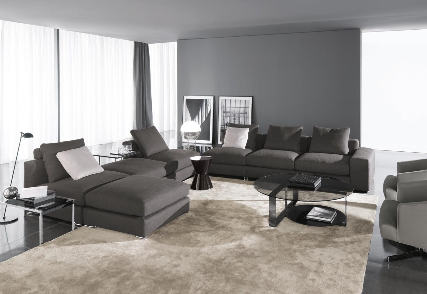 #766655 The range offers three main options: 'Jagger' with high backrest  1410x971 píxeis em Decoração Sala De Estar Sofa Cinza