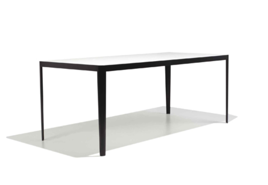 Trim Dinning table