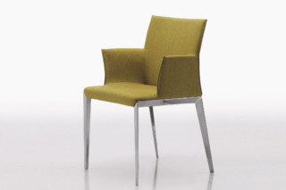 Dart with armrest  by  Molteni & C