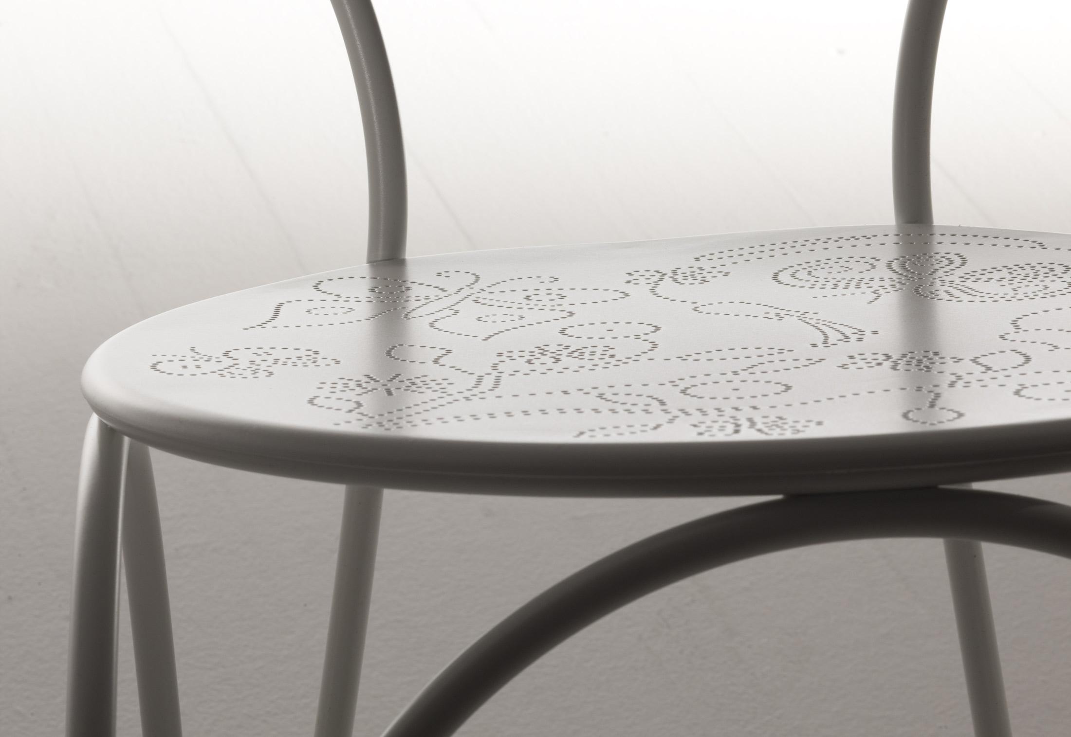 ... Rain Chair ... Photo
