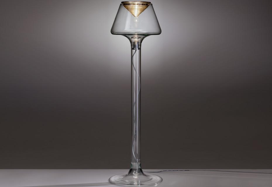 Pica floor lamp