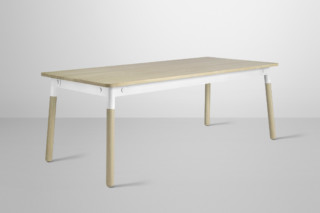 Adaptable  by  Muuto