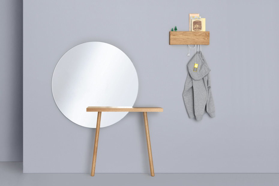 Carla dressing table
