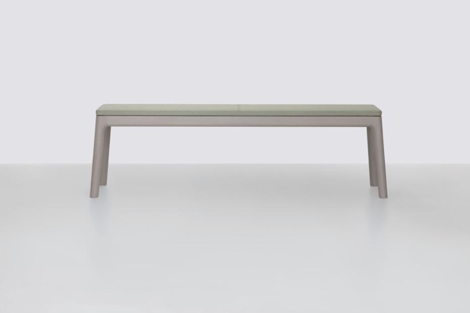 E8 bench