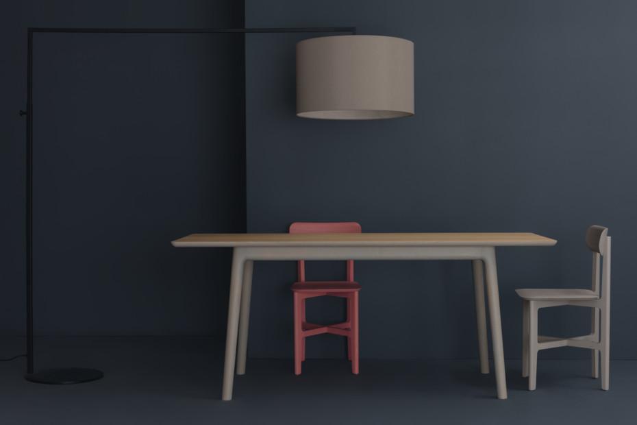 E8 Tisch