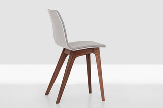Morph upholstered  by  Zeitraum