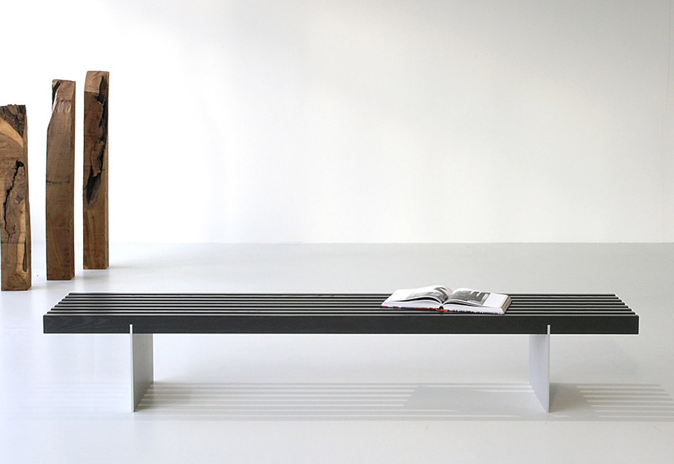 tix bench by zoom by mobimex stylepark. Black Bedroom Furniture Sets. Home Design Ideas
