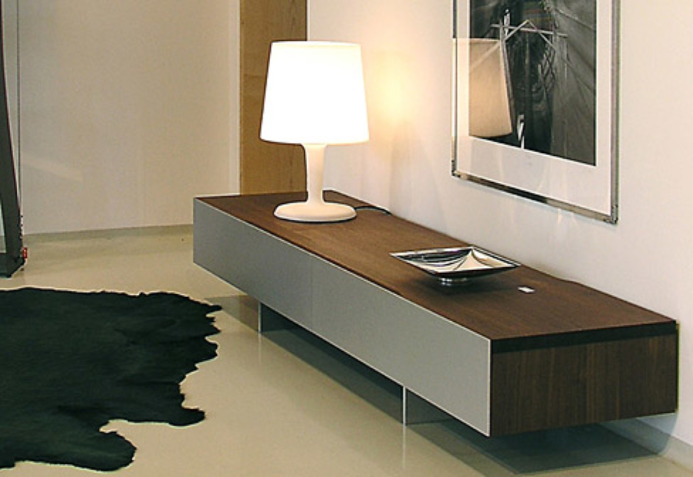 tix tv board von zoom by mobimex stylepark. Black Bedroom Furniture Sets. Home Design Ideas