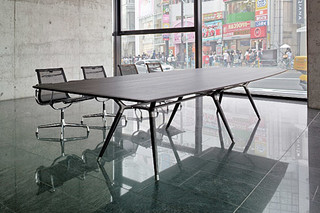 X2 conference table  by  Zoom by Mobimex