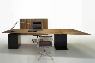 Zoom Office table  by  Zoom by Mobimex