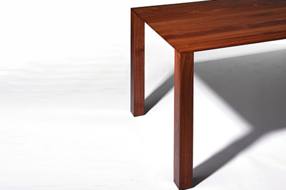 ZOOM Thin Table