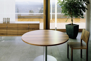 ZOOM wheel table  by  Zoom by Mobimex