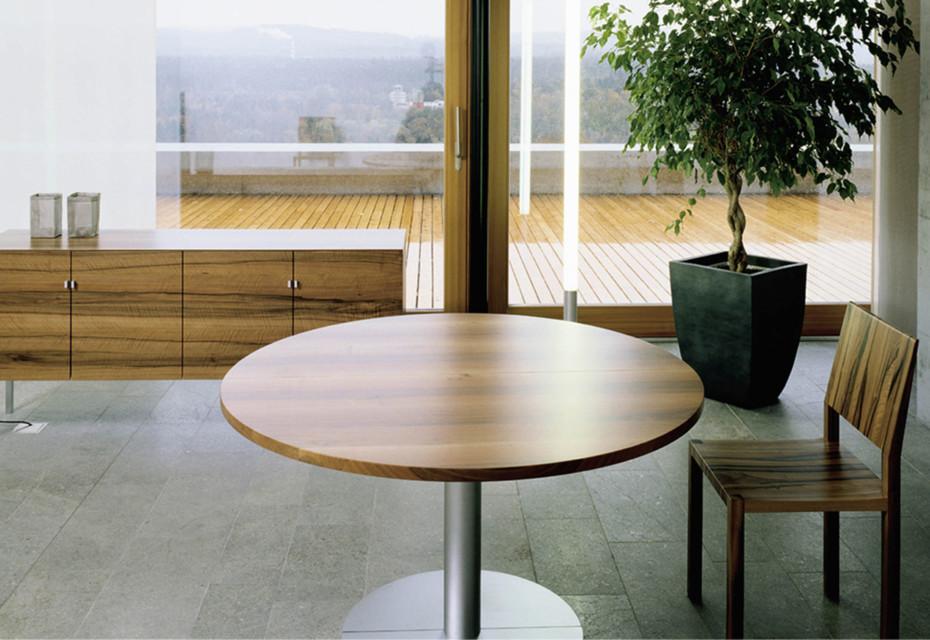 ZOOM wheel table