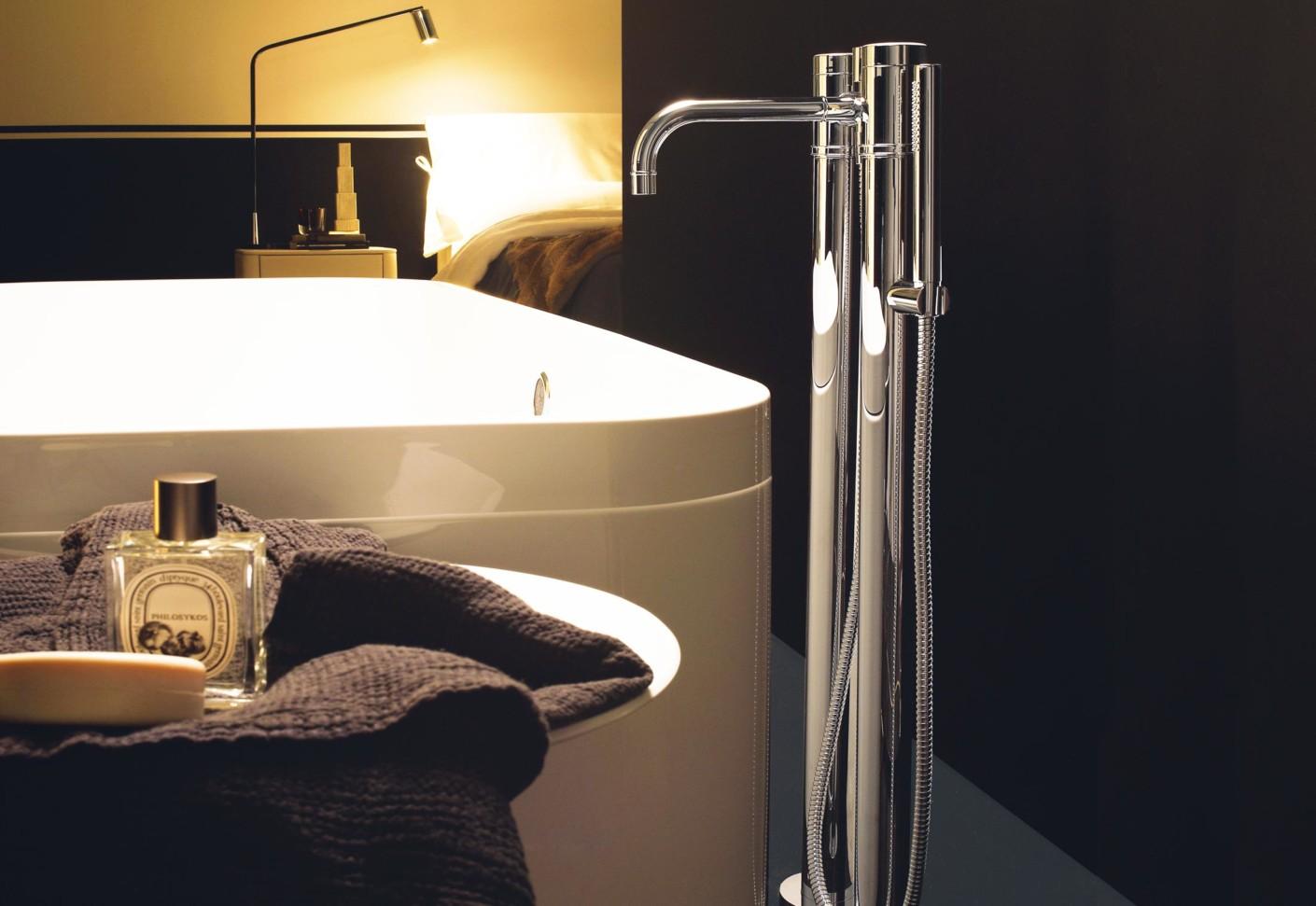 Savoy Freestanding bath-shower mixer by Zucchetti   STYLEPARK