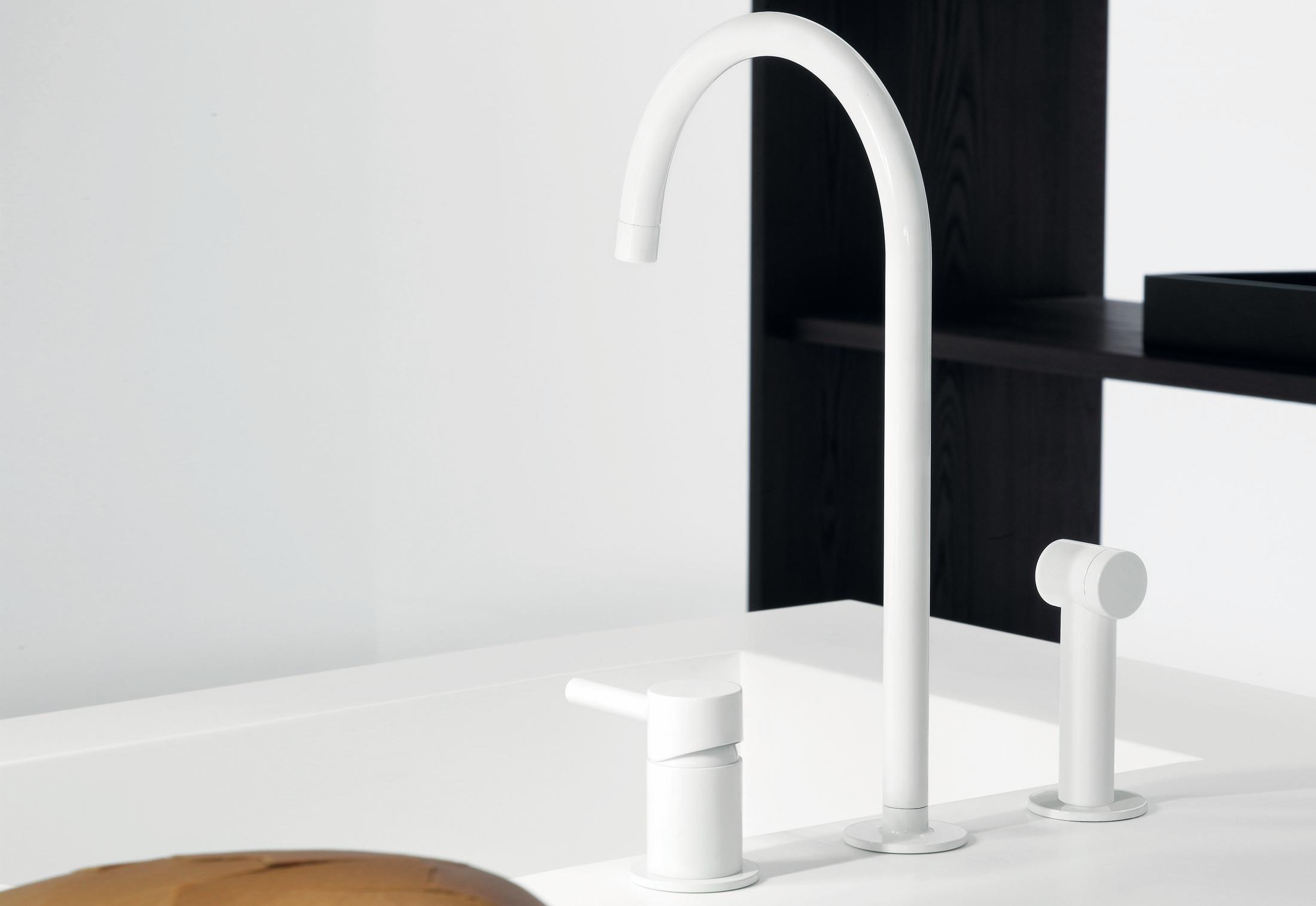 Pan Zp6278 By Zucchetti Stylepark - Colorful-kitchen-faucets-from-zucchetti